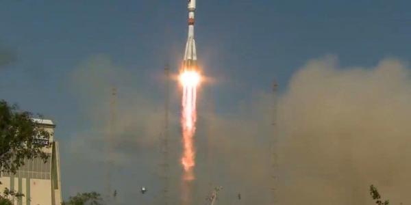 Запуск ракеты-госителя Союз-СТ