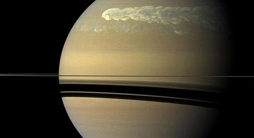 «Кассини» зафиксировал сильнейшую бурю на Сатурне