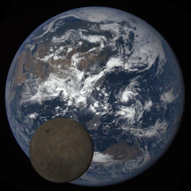 И как же далеко от нас находится Луна на самом деле?
