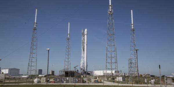 SpaceX задерживает старт б/у ракеты для насовской миссии