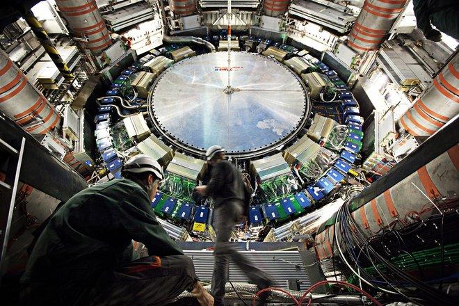 Детективы начали охоту за сбежавшими от реактора частицами!!!
