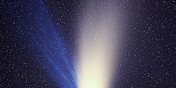 Хейл-Бопп - яркая комета с трагической судьбой