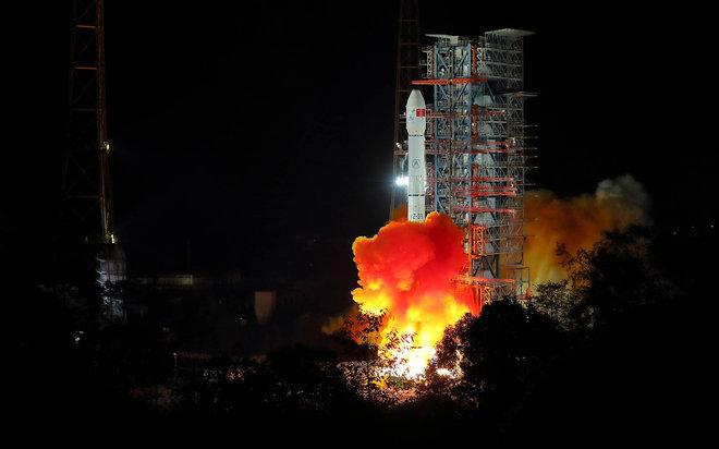 Китайский ровер Yutu 2 покоряет дальнюю сторону Луны