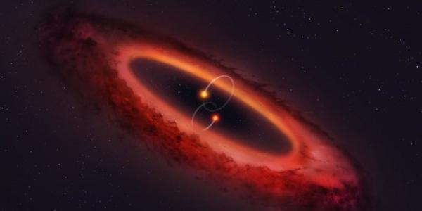 Странный планетообразующий диск принял вертикальное положение