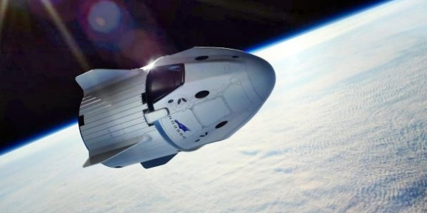 Капсула SpaceX Crew Dragon