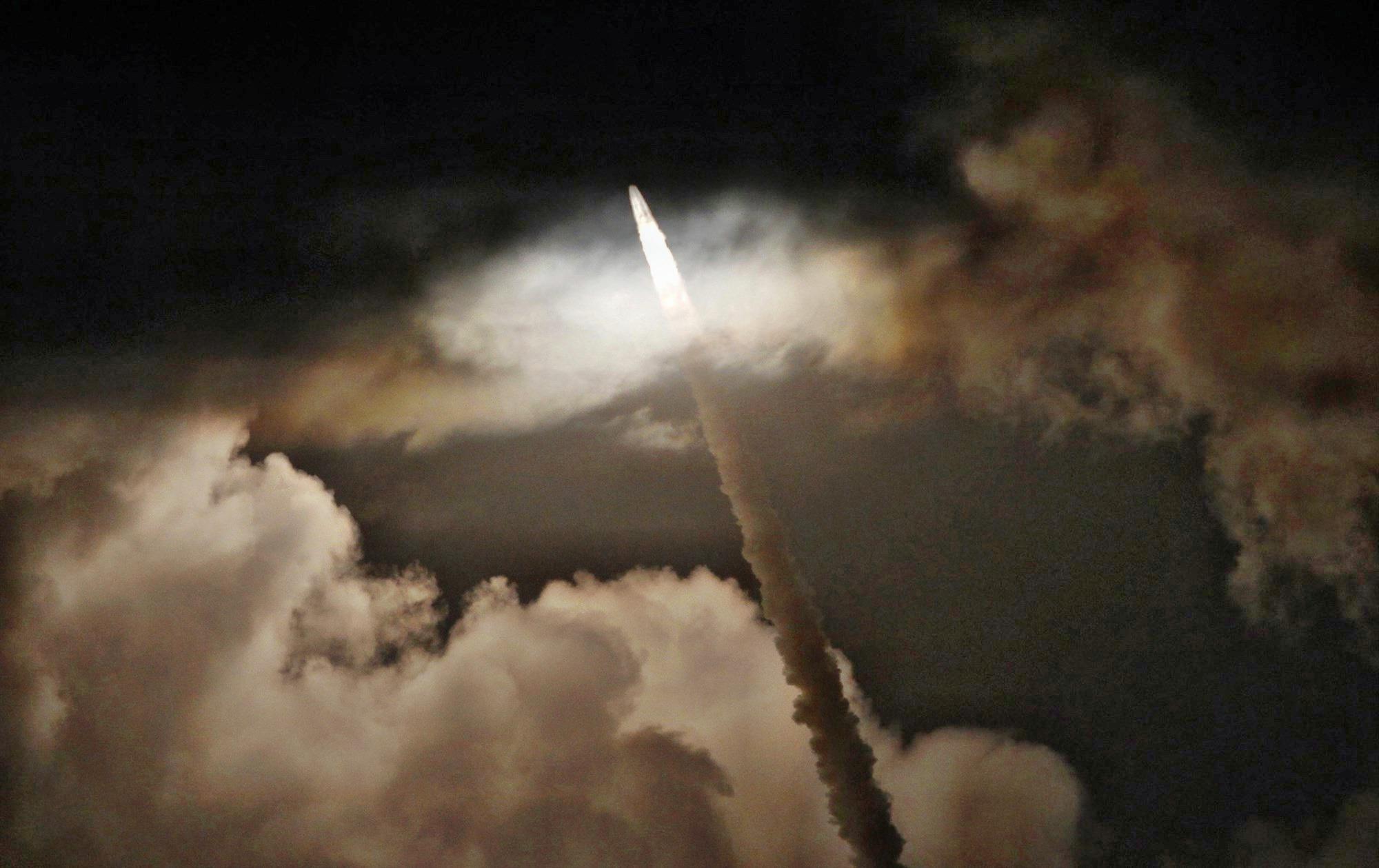 Запуск индийской ракеты