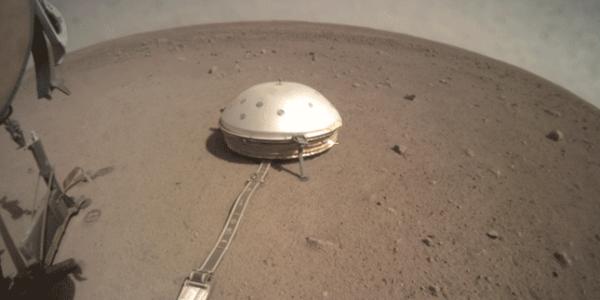 НАСА все еще пытается освободить крота