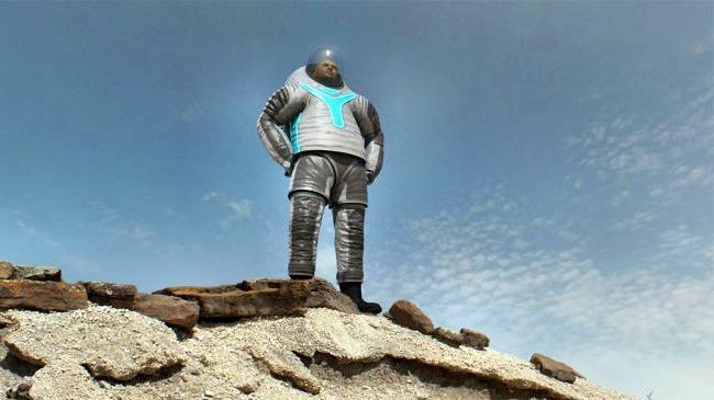 Космические костюмы довольно сильно изменились со времен эпохи Аполлона.