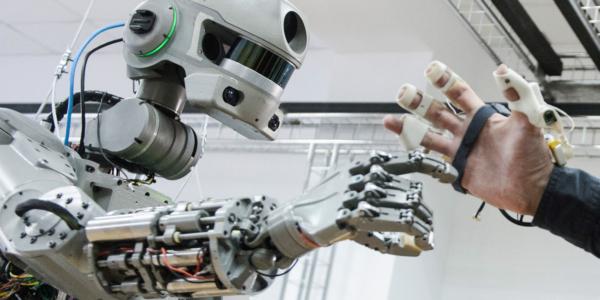 Русский робот-гуманоид скоро отправится в космос