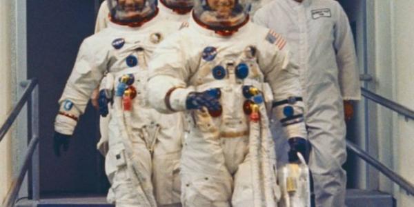 """50 лет назад астронавты """"Аполлон 12"""" высадились на Луну – это была самая веселая миссия"""