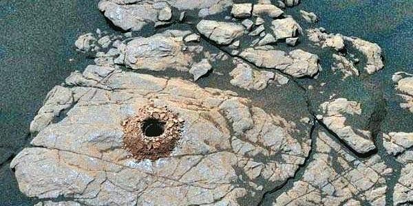 Бурение породы на Марсе