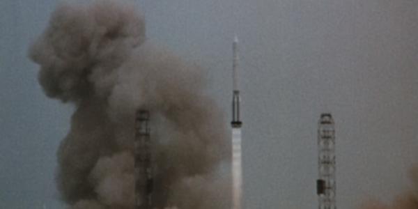 Аполлон 8 изначально не должен был лететь на Луну