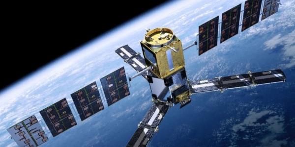 Иранское государственное телевидение говорит, что страна запустит 3 спутника в этом году