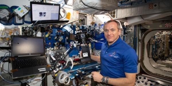 """Проект """"Виртуальная реальность"""" показывает жизнь и науку на космической станции"""
