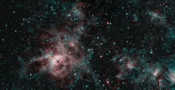 Работа Спитцера, возможно, в последний раз, предоставляет прекрасные снимки туманности Тарантула