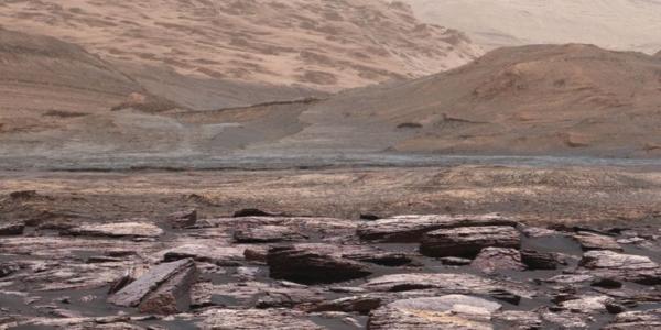 Вода исчезает с поверхности Марса, как сумасшедшая