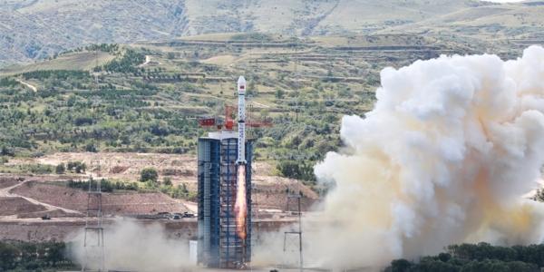 Сделано в Китае: Ракетный ускоритель чуть не разгромил школу