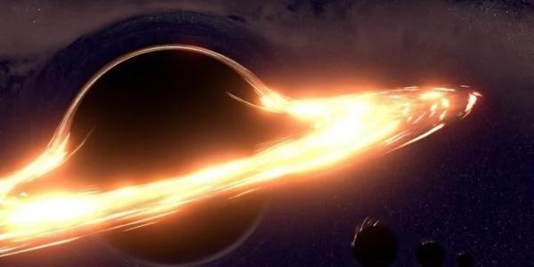 Земля летит в пасть черной дыры быстрее, чем предполагалось