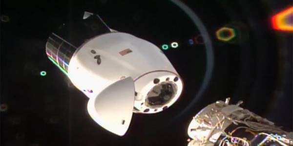 Прошедший апгрейд космический грузовик Dragon впервые приводнился в Атлантике